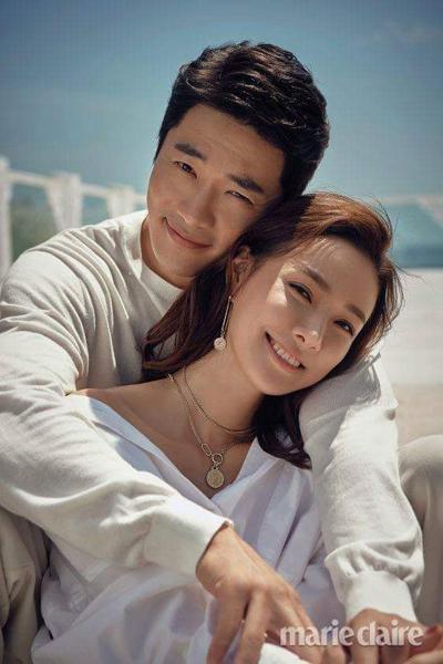 Vợ chồng Kwon Sang Woo. Ảnh: Marie Claire.