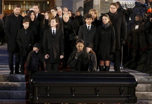 Celine Dion tại đám tang chồng năm 2016. Ảnh: Reuters.