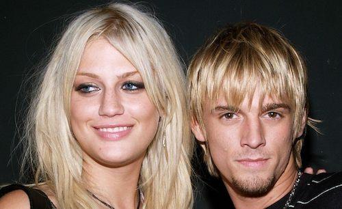Aaron Carter (phải) chụp ảnh cùng chị gái Leslie năm 2005. Ảnh: Fox News.