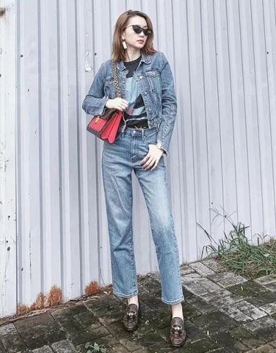 Minh Hằng diện cả bộ denim - một kiểu mặc đặc trưng cách đây hơn 20 năm.