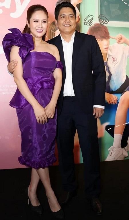 Thanh Thúy (trái) - Đức Thịnh ở buổi ra mắt phim. Ảnh: Maison de Bil (VnExpress).