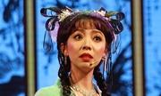 Thu Trang bị rớt nhịp khi hát tuồng cổ