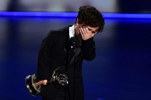 Peter Dinklage nhận giải Emmy. Ảnh: AFP.