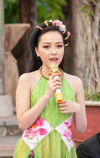 Diễn viên Băng Di vào vai vợ ba của nhân vật Bá Kiến. Ảnh: Đạt Phan.