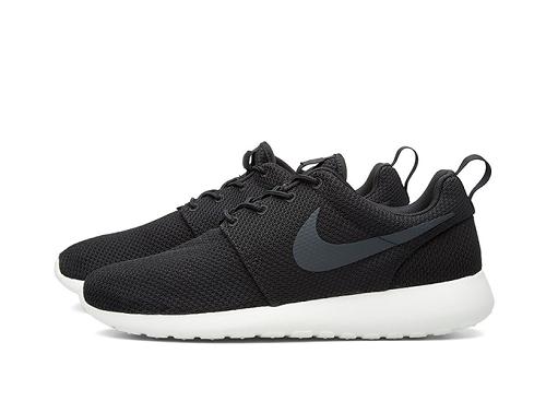 Nike Roshe Run 511881-010