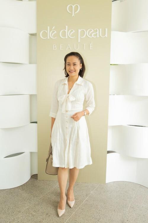 Doanh nhân Thái Vân Linh và Diễn viên Hồng Ánh cũng tham dự sự kiện.