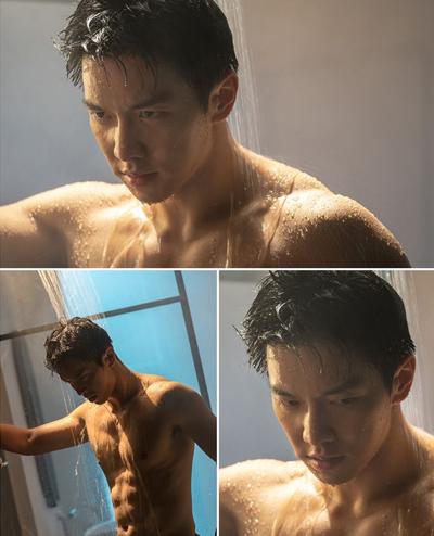Seung Ri diễn cảnh tắm. Ảnh: SBS.