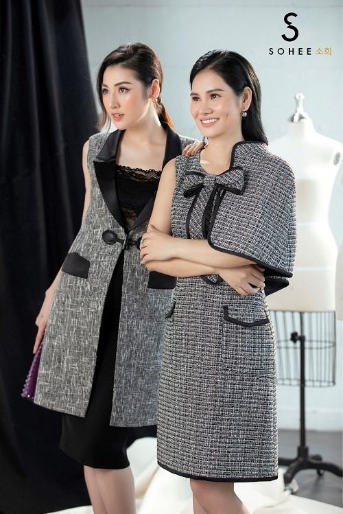 Sự tối giản về chi tiết là điểm đặc trưng nổi bật của thời trang SOHEE trong suốt 6 năm qua. Thay vì tạo điểm nhấn ấn tượng, Soheechú trọng đến phom trang phục để tôn lên ưu điểm và che đi những khuyết điểm trên cơ thể của phụ nữ.
