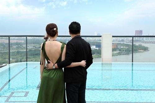 Tầm nhìn đẹp từ tầng thượng căn hộ thu hút vợ chồng sao.