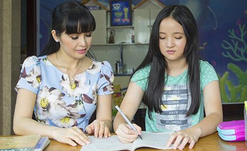 Trang Nhung và con gái - Bích Ngọc (phải). Ảnh: TN.