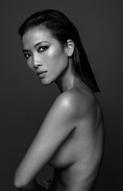 Người mẫu Bằng Lăng. Ảnh: Trương Thanh Hải.