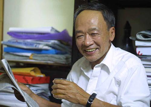 Nhà thơ Du Tử Lê. Ảnh: Nguyễn Đình Toán.