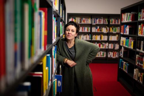 Nhà văn Olga Tokarczuk. Ảnh: AFP.