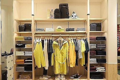 Lối bài trí mới tại flagship Store Bà Triệu theo khái niệm Le Club của Lacoste.