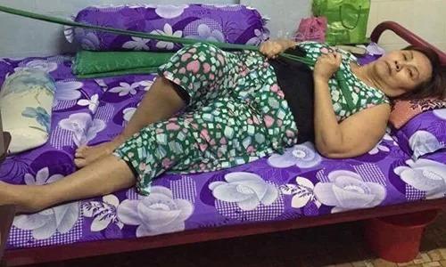 Nghệ sĩ Hoàng Lan trên giường bệnh. Ảnh: Thiên Huy.