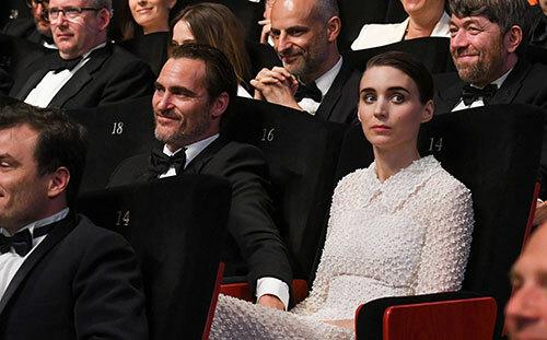 Bộ đôi tài tử – minh tinh công khai tình yêu từ mùa hè năm 2017, trong đêm bế mạc của Liên hoan phim Cannes. Ảnh: Instarimage.