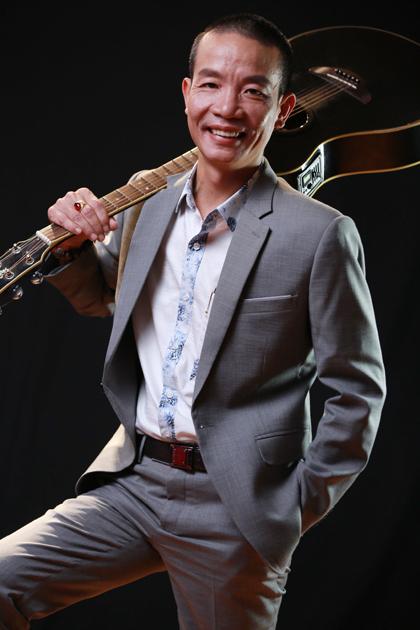 Nhạc sĩ Nguyễn Vĩnh Tiến.