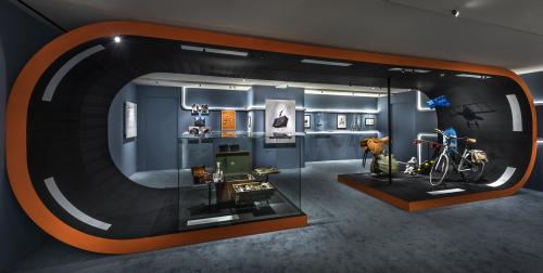 Bên trong không gian triển lãm Hermès Heritage - In motion.