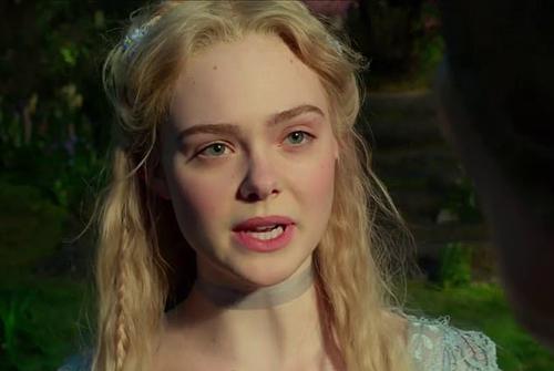 Elle Fanning tiếp tục đảm nhận vai công chúa Aurora. Ảnh: Disney.