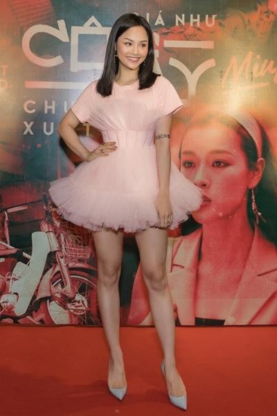 Miu Lê trong buổi ra mắt MV mới chiều 22/10 tại TP HCM. Ảnh: Lê Huy.