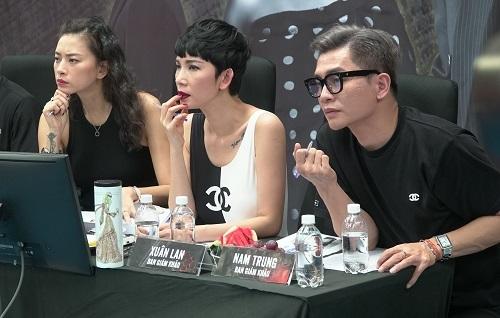 Các giám kháo casting (từ trái sang): Ngô Thanh Vân, người mẫu Xuân Lan, chuyên gia trang điểm Nam Trung. Ảnh: Ân Nguyễn.