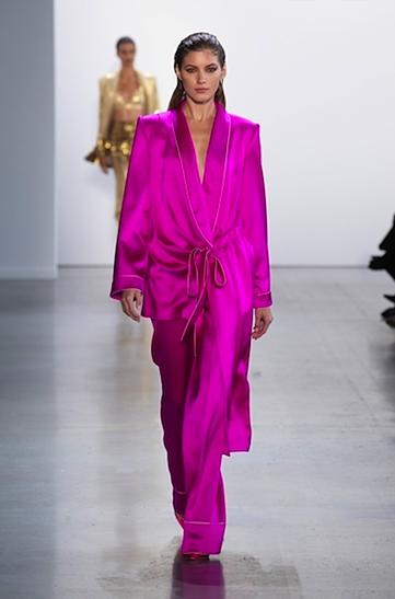 Mẫu thiết kế từng được anh giới thiệu trên sàn runway New York Fashion Week Ảnh: CT.
