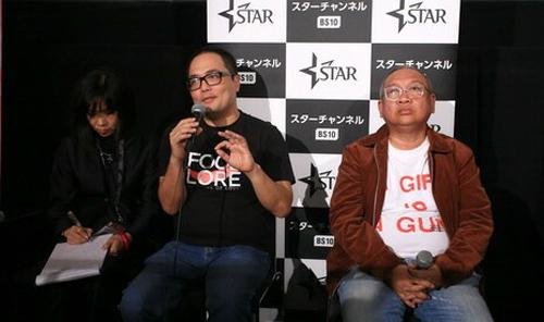 Đạo diễn Phan Đăng Di (giữa) chia sẻ về Chàng dâng cá, Nàng ăn hoa trong khuôn khổ LHP Tokyo. Ảnh: Nick M.