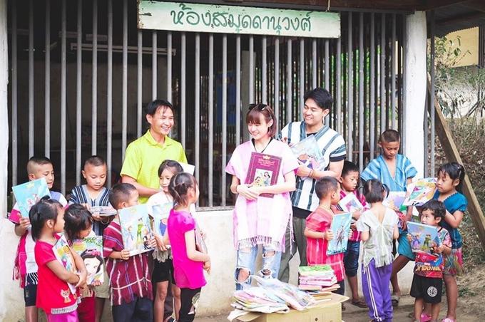 Chuyện tình của 'Tiên đồng ngọc nữ Thái Lan'