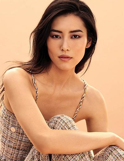 Người mẫu Lưu Văn. Ảnh: Chanel.