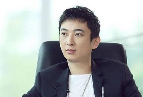 Thiếu gia Vương Tư Thông. Ảnh: Zol.