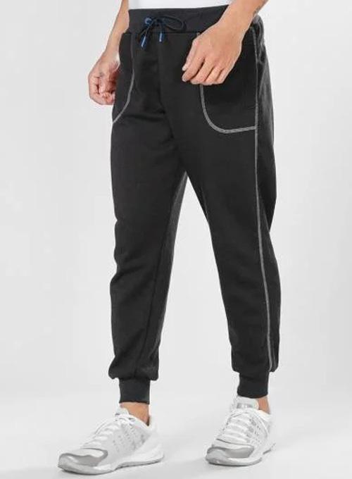 Quần jogger dài của thương hiệu Phúc An làm từ chất liệu nỉ mềm, không ra màu. Lưng quần bo thun có dây cột phù hợp với nhiều cỡ bụng, có 4 size gồm M, L, XL và XXL. Tránh giặt quần ở chế độ mạnh và nước nóng trên 60 độ để giữ phom, sử dụng lâu bền.