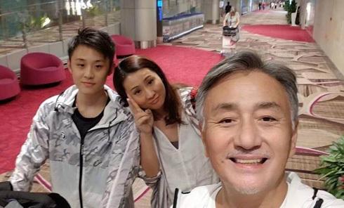 Vợ chồng Ngô Đại Dung và con trai. Ảnh: On.