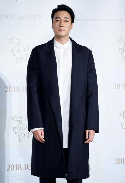 Nam diễn viên khi quảng bá phim Be with you (đóng cùng Son Ye Jin) năm 2018.