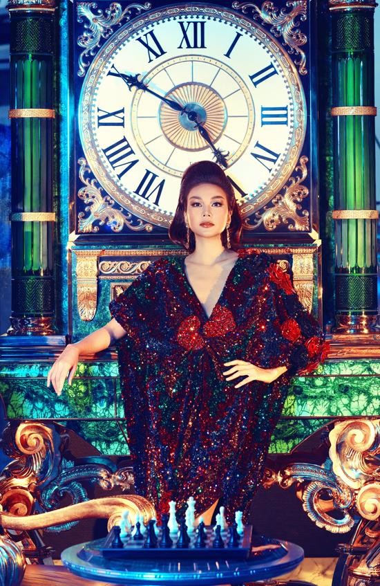 Thanh Hằng hóa nữ hoàng