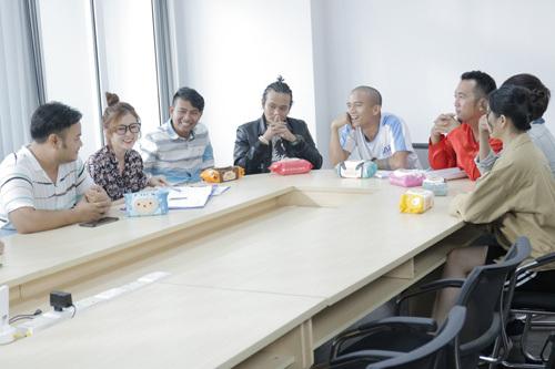 Ngoài những tình huống gây hài,tập phim cũng đưa ranhữngbài học đáng giá dành cho người xem. Đó là bài học về cách làm việc nhóm, cần có sự tham gia của tất cả thành viên, sếpsẽ là người chọn lọc ý kiến hay rồi đề ra giải pháp tốt nhất, chứ không phải là người chỉ định nhân viên phải làm theo. Bài học về tinh thần đoàn kết của một nhóm, cần có sự đồng lòng và sẵn sàng chịu trách nhiệm chung cùng đồng đội.