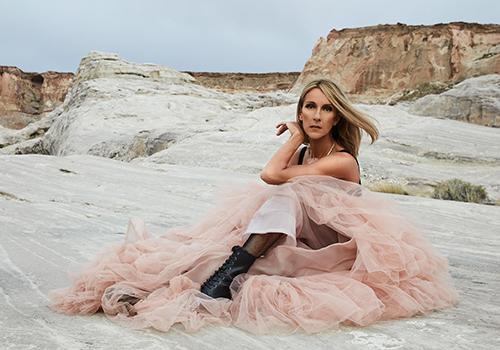 Celine Dion ở tuổi 51. Ảnh: Sony Music.