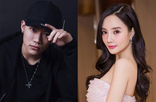 Lý Tiểu Lộ và ca sĩ PG One, kém cô 13 tuổi. Ảnh: Baidu.