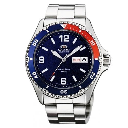 Đồng hồOrient FAA02009D9phối màu xanh dương đậm và đỏ bắt mắt, thích hợp với những chàng trai theo đuổi phong cách thể thao. Thương hiệu Nhật Bản chú trọng mặt kính cứng, dây kim loại sáng bóng,chắt lọc tinh túy từ đồng hồ Thụy sĩ và gu thẩm mỹ Á Đông.Thiết kế có giá 5,91 triệu đồng.Xem thêm các mẫu đồng hồ hạng sang, phân khúc cao cấp trên Shop VnExpress.