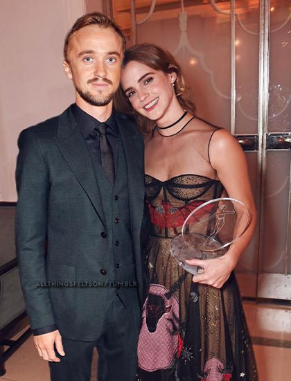 Emma Watson và Tom Felton đóng kẻ thù trên phim nhưng là bạn thân ngoài đời. Ảnh: Fanpop.