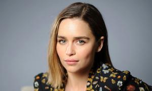 Emilia Clarke hạn chế đóng khỏa thân