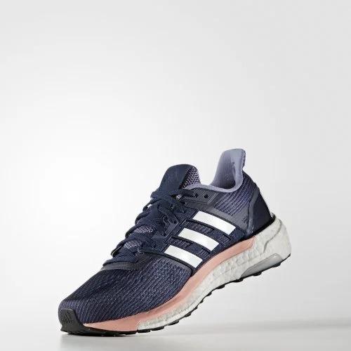 Giày Adidas Supernova Boost là dòng giày chạy bộ mới của Adidas có sự kết hợp của hệ thống Supernova với độ chính xác cao và công nghệ hoàn trả năng lượng của đế Boost. Thiết kế lưới kỹ thuật giúp mọi chuyển động tự nhiên, mang lại sự hỗ trợ khi cần thiết. Hệ thống ổn định Torsion trải suốt chiều dài đôi giày, giúp gót chân và phần chân trước của người chạy bộ vận động tự nhiên, trong khi phầngiữa chânvẫn giữ được sự linh hoạt và độ ổn định. Đế giày cao su Continental hiệu năng cao, đem lại độ bám tối đa, các chuyển động tiến tới được cải tiến trong mọi điều kiện thời tiết. Sản phẩm có giá ưu đãi 40% trên Shop VnExpress, giảm còn 2,199 triệu đồng.