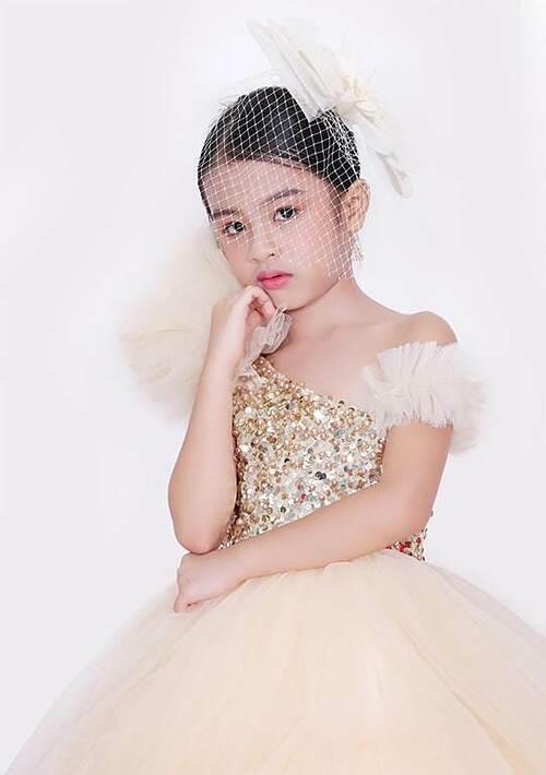 Cô bé 6 tuổi đăng quang Mini Miss Asia Pacific - 4
