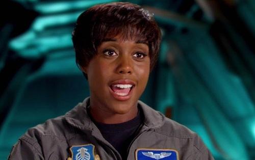 Trước No Time to Die, vai được nhớ đến nhất của Lashana Lynch là bạn của Captain Marvel trong phim cùng tên. Ảnh: Disney.
