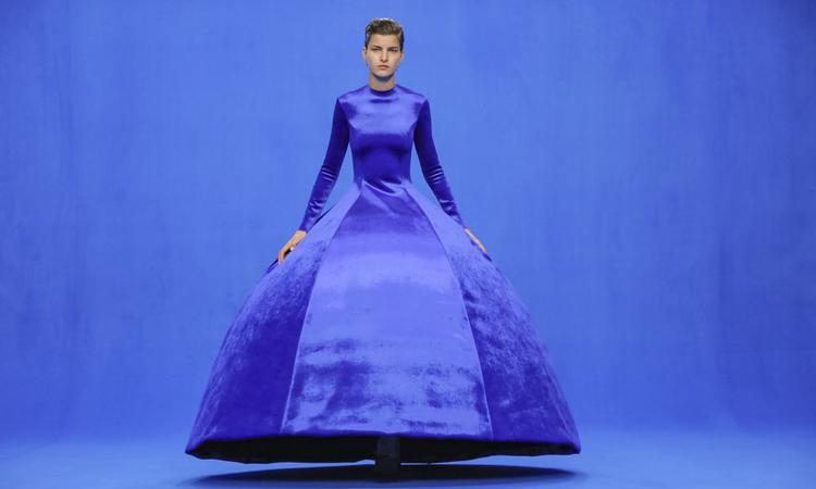 Một thiết kế trong bộ sưu tập xuân hè năm 2020 của Balenciaga. Ảnh: NY Times.