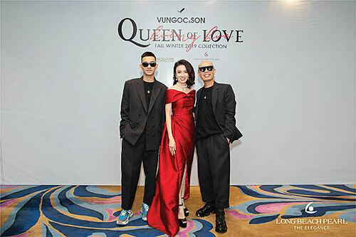 Bà Bùi Mỹ Cảnh - nhà sáng lập Long Beach Pearl bên hai nhà thiết kế Vũ Ngọc và Son. Nữ doanh nhân tiết lộ mong muốn điểm tô hình ảnh của người phụ nữ Việt Nam ngày càng đẹp hơn, thành công và bản lĩnh qua những món trang sức ngọc trai.