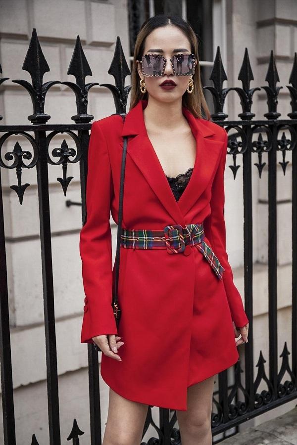 Với những thiết kế đơn sắc, I Hate Fashion luôn tạo thêm một vài điểm nhấn như thắt lưng họa tiết, áo ren...