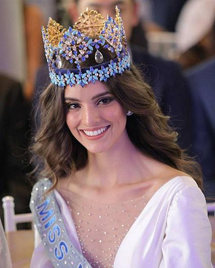 Vanessa Ponce De Leon