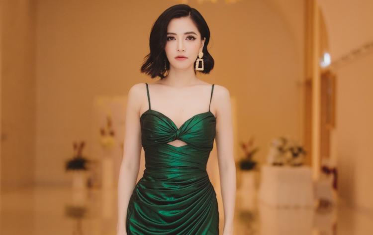 Bích Phương diễn Bao giờ lấy chồng, Bùa yêu và Đi đu đưa đi' – những ca khúc được khán giả yêu thích.
