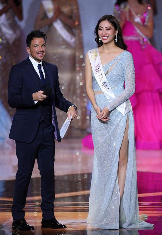 Lương Thùy Linh nghẹn ngào khi lọt vào Top 12 Miss World 2019.Ảnh:AFP.