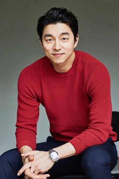 Với các phim Kim Ji-young và Born 1982, tài tử Gong Yoo xếp thứ ba.